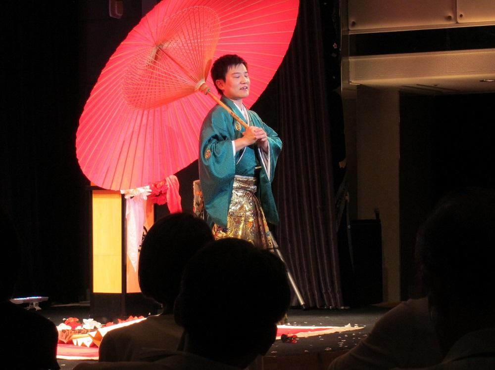 にっぽん丸-江戸手妻のショー