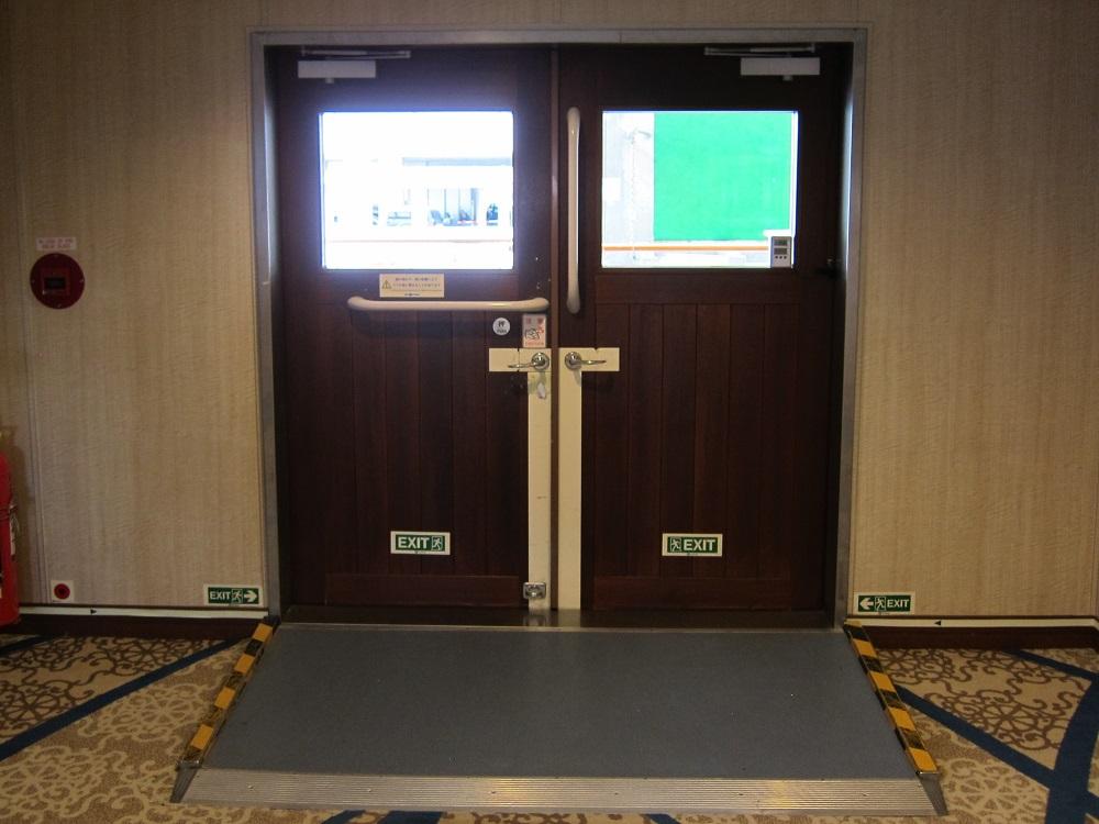 にっぽん丸T2-ドア