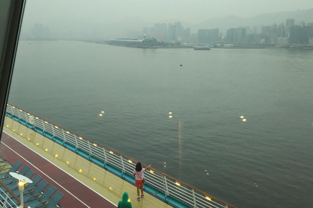 香港入港1